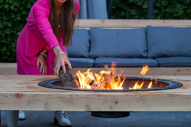 how fire pits can damage asphalt surfaces
